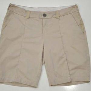 Lululemon 8 Club Shorts Women's khaki Golf Tennis